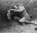 Leonard Wooley durante escavação em Ur