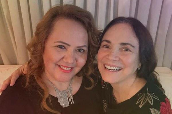 Regina Duarte convida reverenda para ser adjunta