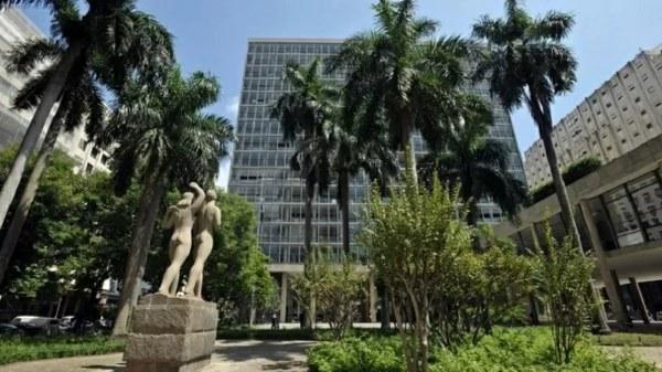 Guedes desistiu de leiloar Palácio Capanema, dizem governo e Assembleia do RJ