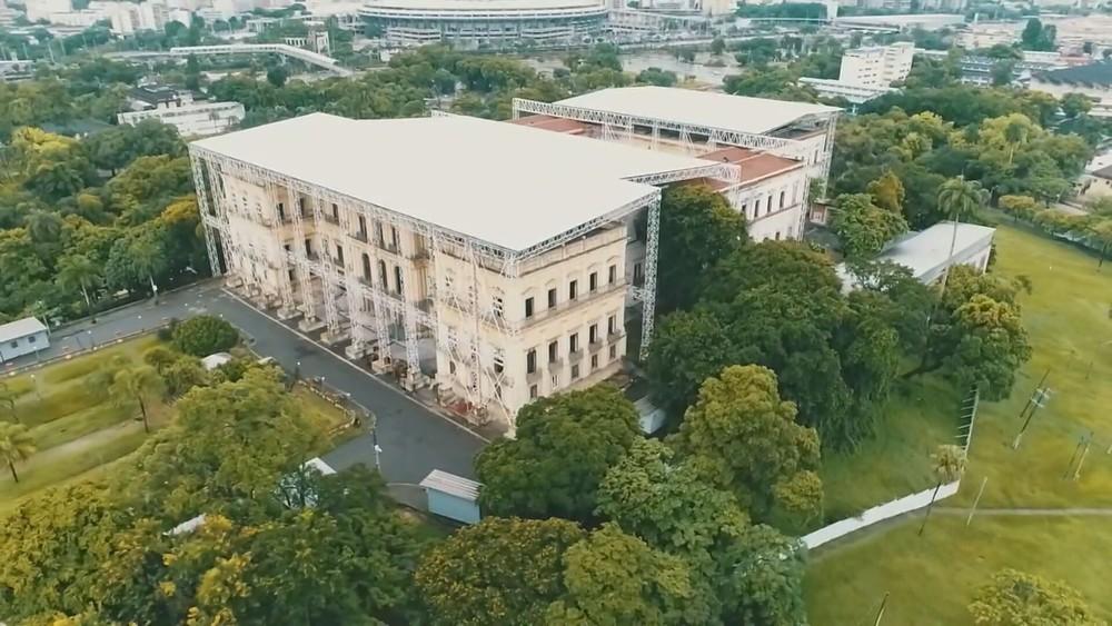 Museu Nacional assina acordo para auxiliar na reconstrução após incêndio