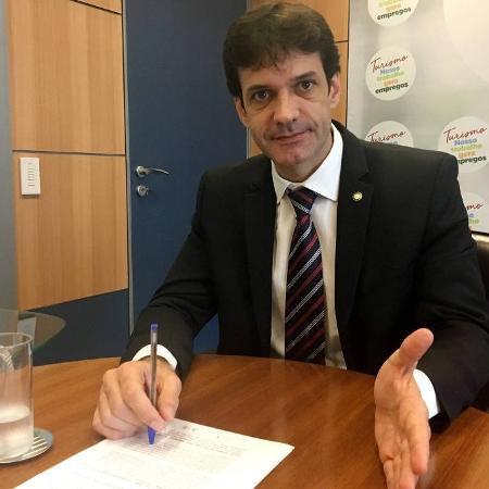 """Ministro do Turismo diz que vai administrar Cultura com """"emprego e renda"""""""