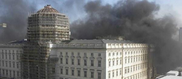 Explosão atinge obras do museu Fórum Humboldt em Berlim