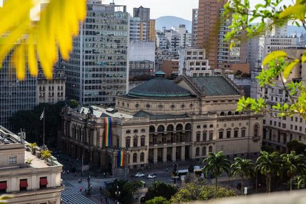 Santa Marcelina Cultura assume comando do Theatro Municipal de SP até a escolha de nova gestora