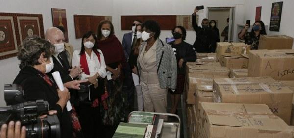 Parlamentares visitam Fundação Palmares e constatam sumiço de parte do acervo